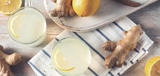 Bild på citroner och ingefära.